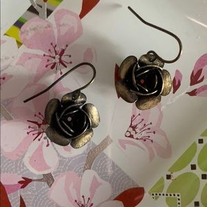 Metal rosebud earrings
